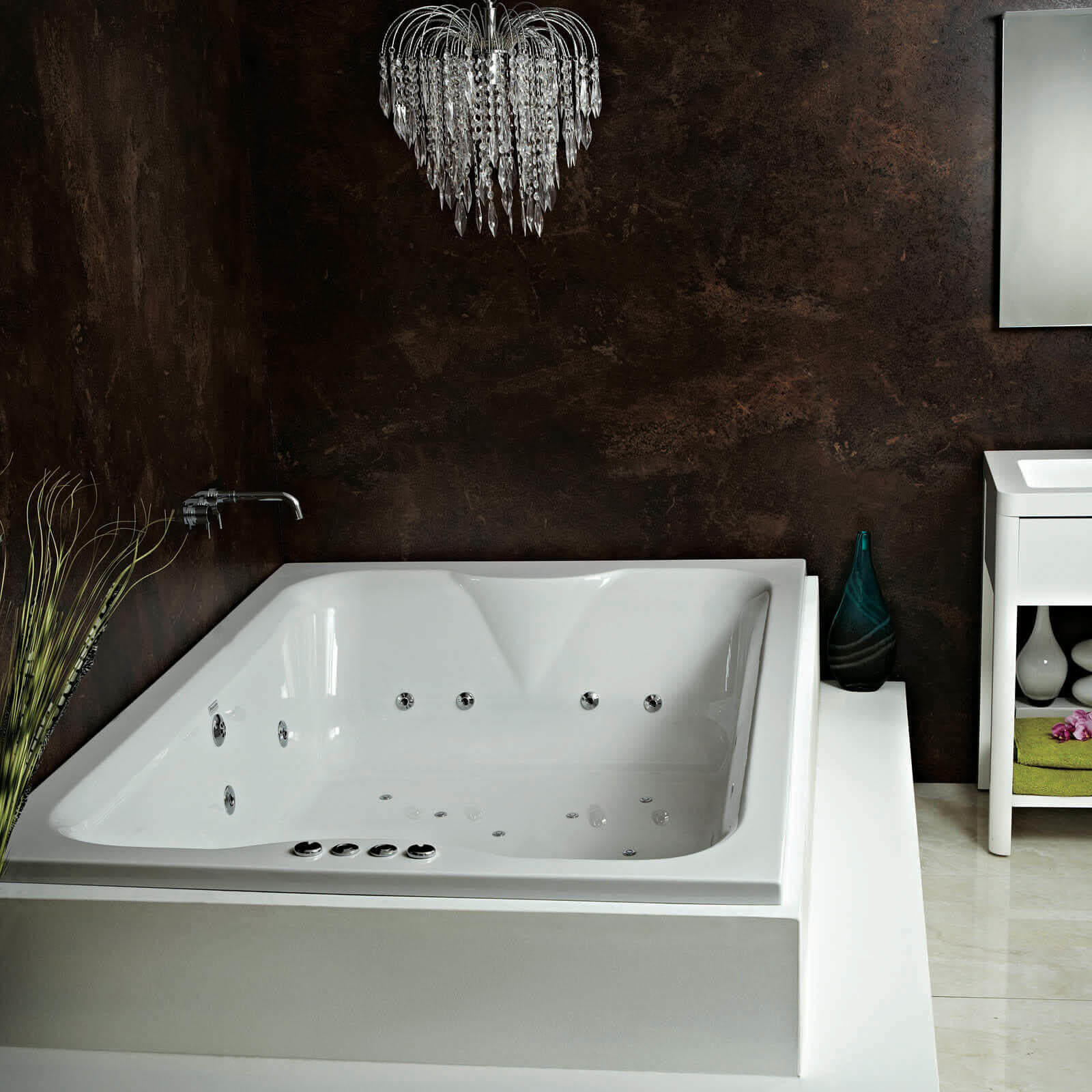 Titania 14 Jet Whirlpool Bath | Large | Double Ended