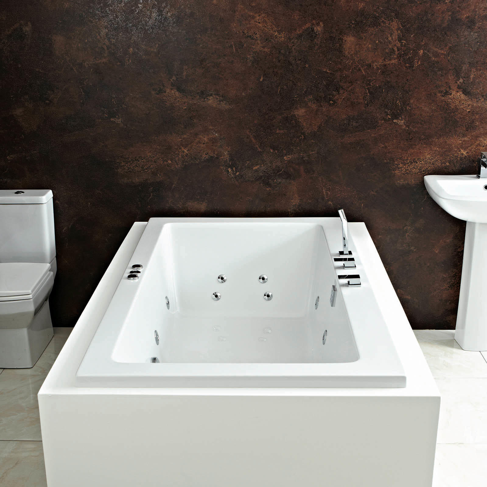 Titan 12 Jet Whirlpool Bath 1800 x 1000 mm