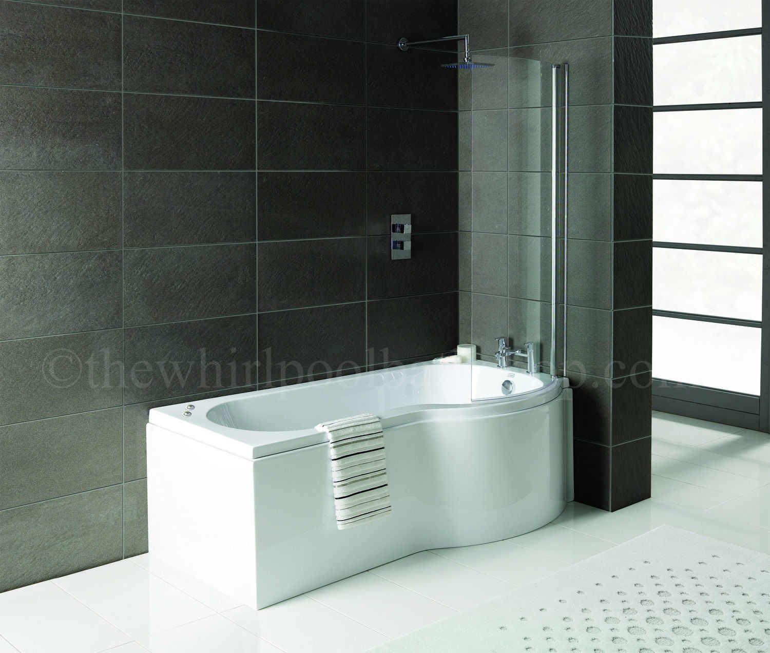 Rh Oceania 12 Jet P Shape Whirlpool Shower Bath