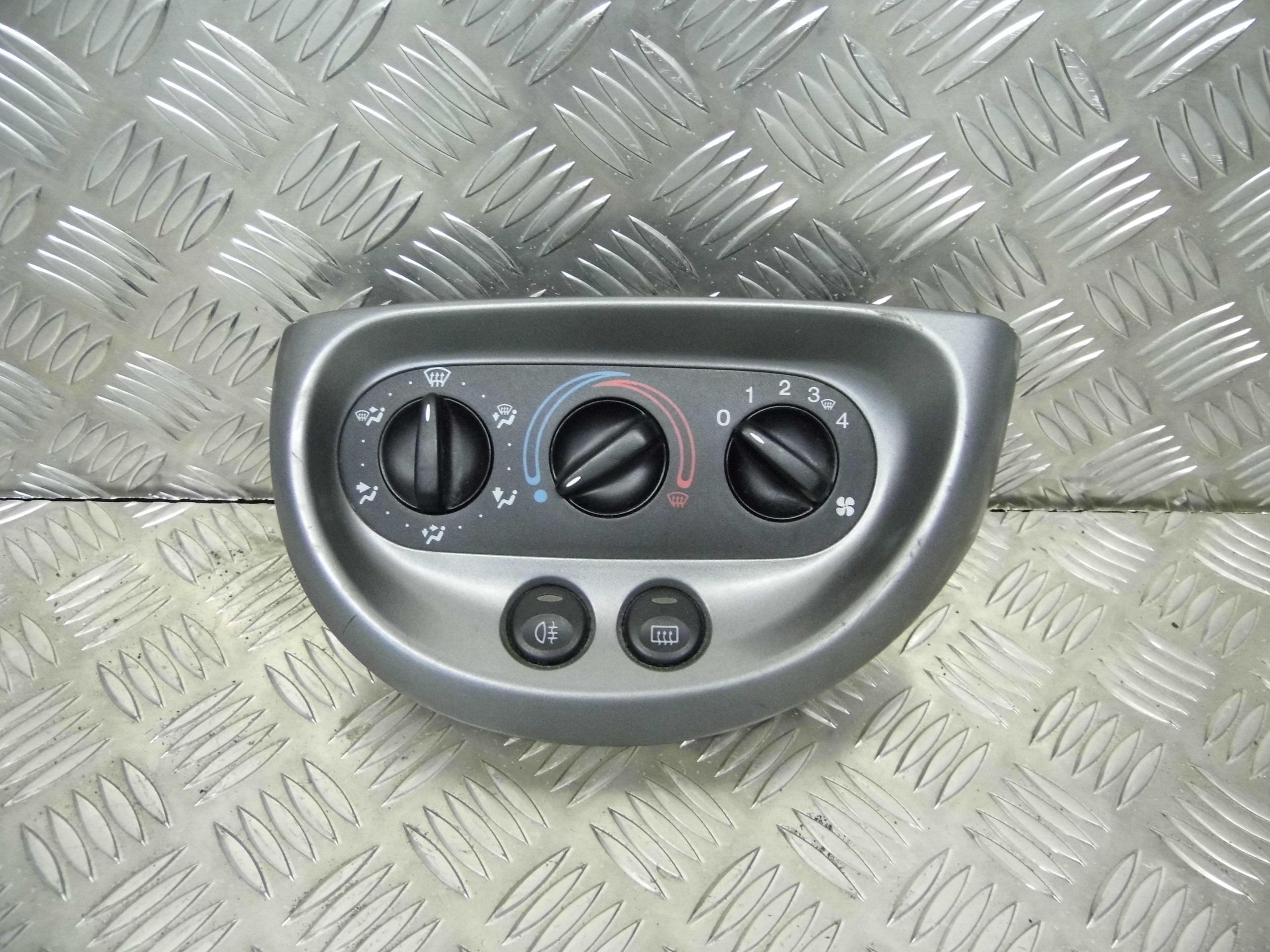 Used 2002 Ford Ka Hatchback Heater Control Panel