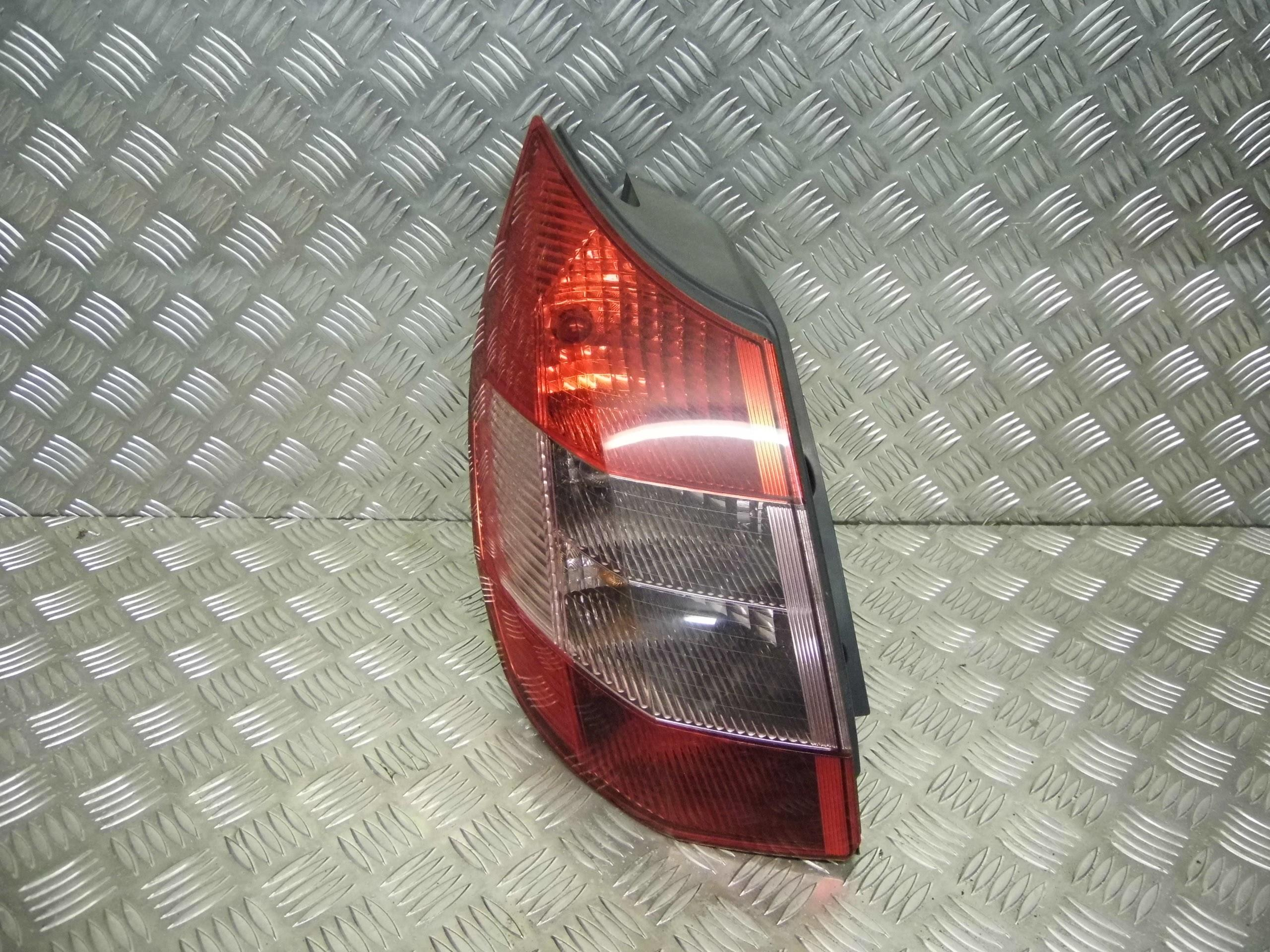 Used 2004 Renault Scenic Mpv Passengers Side Rear Light
