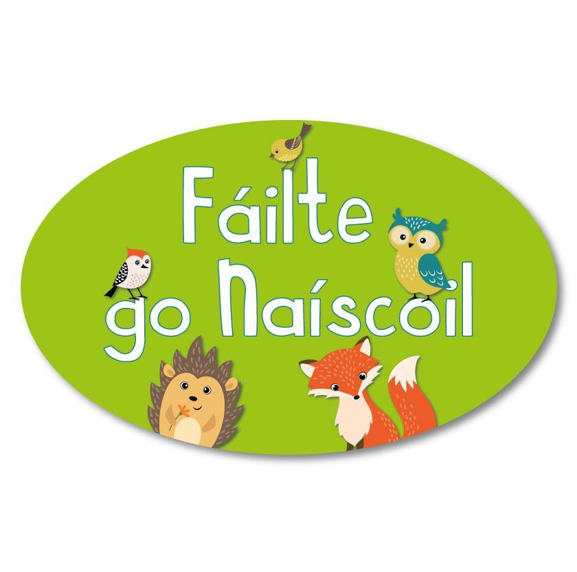 Oval Nursery Welcome Sign As Gaeilge