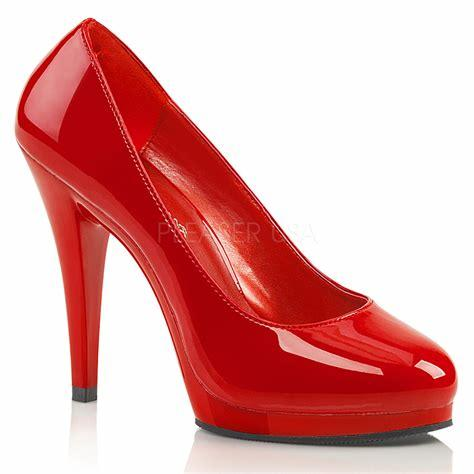Red Flair large Court Shoe