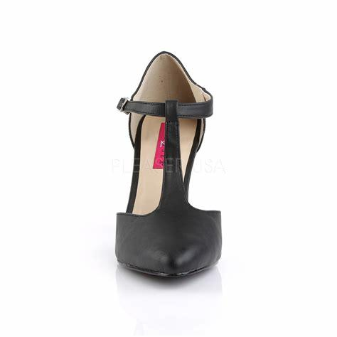 T-strap Court Shoe front view