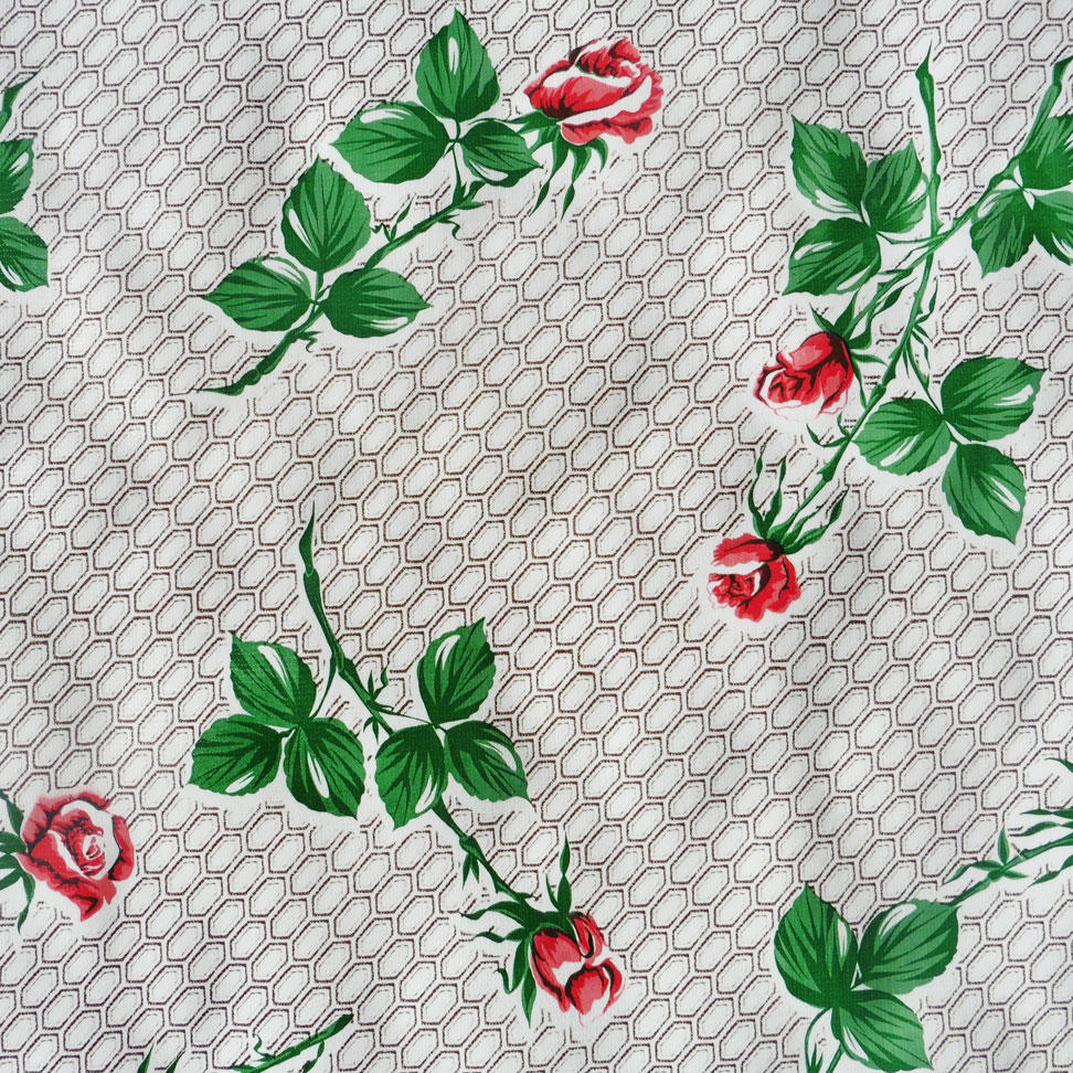 Red Roses on Brown Pattern Oilcloth
