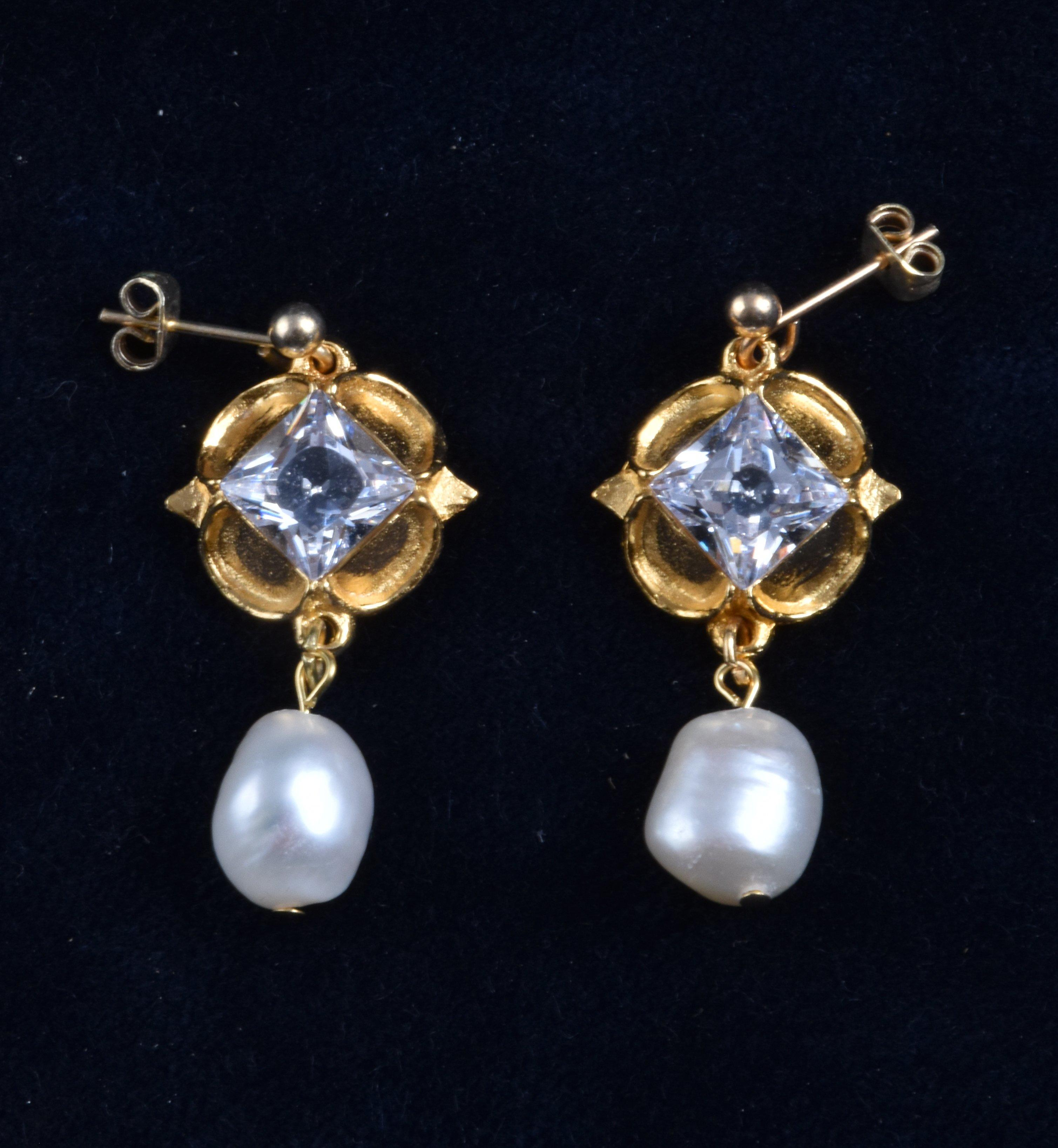 jane seymour earrings with diamonds