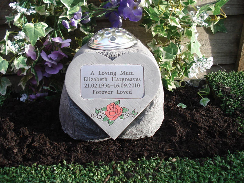 Heart Holders 3 Sizes For Any Memorial Hearts