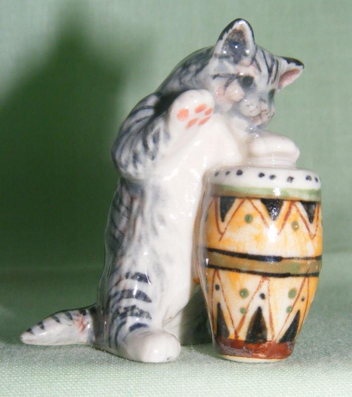 Klima Miniature Porcelain Animal Fgure Grey Cat With Bongo