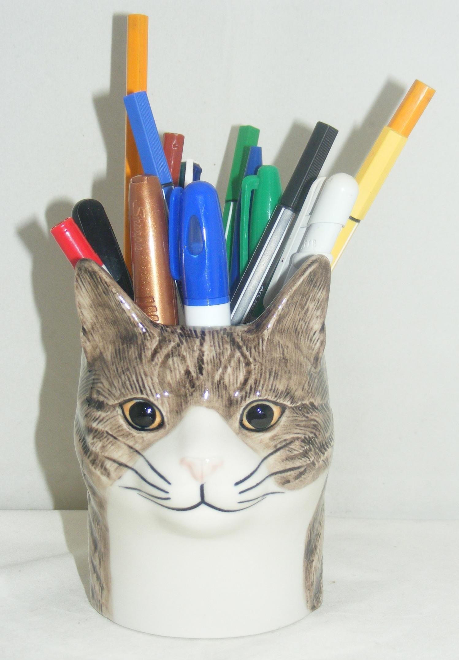 Quail Ceramics Moggy Cat Pencil Pot Quot Millie Quot 961