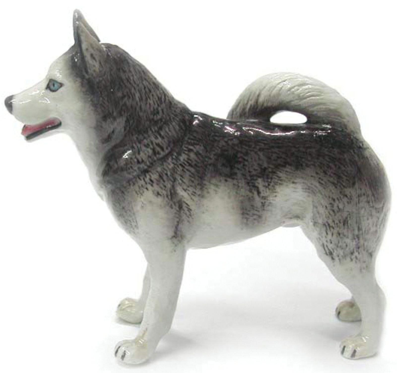 Northern Rose Miniature Porcelain Animal Figure Alaskan