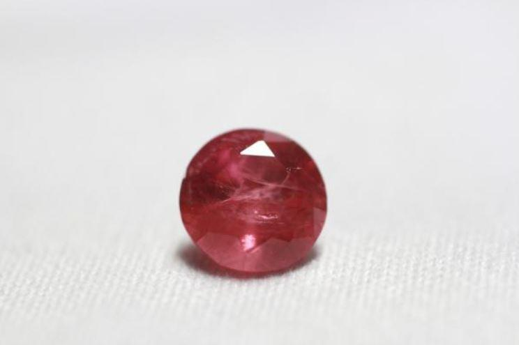 Ruby 1.26 cts Round Cut