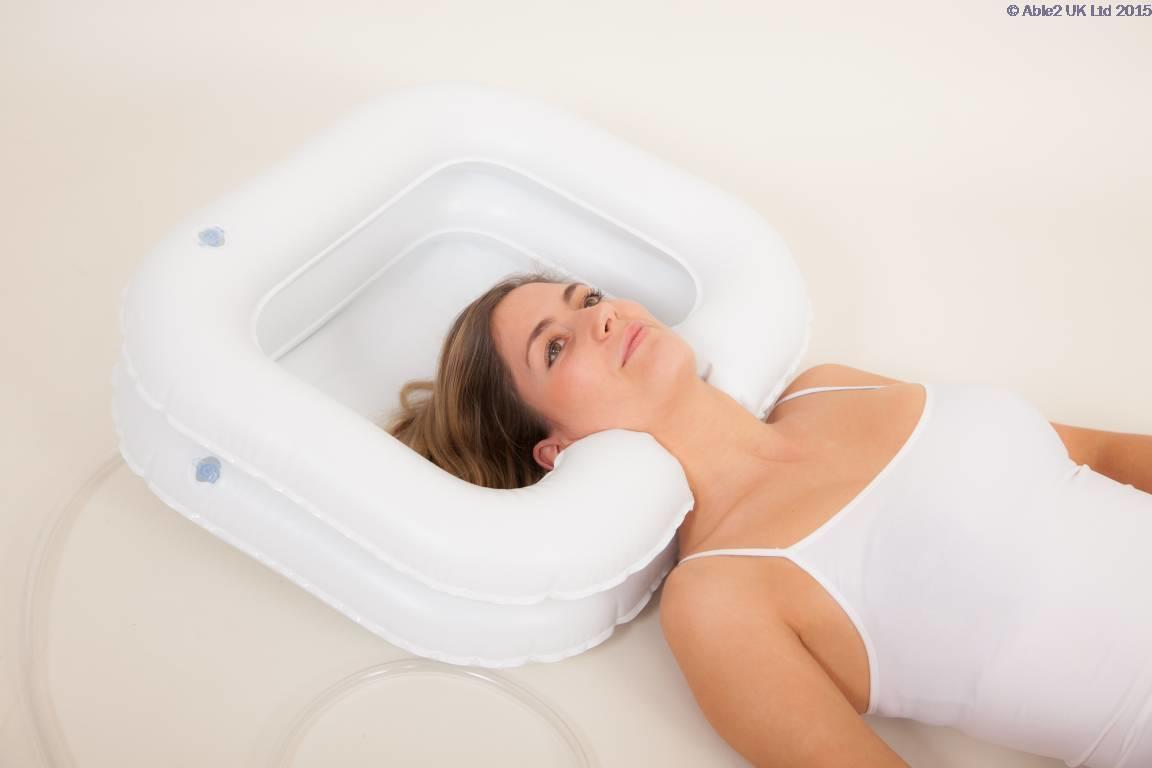 Atlantis Deluxe Inflatable Shampoo Ring