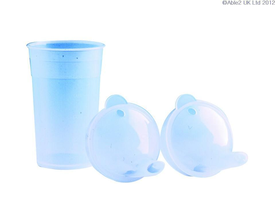 Drinking Cup Clear With Two Lids