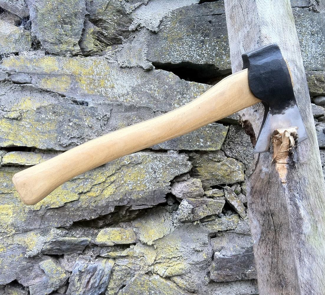 hand forged hatchet / hand axe