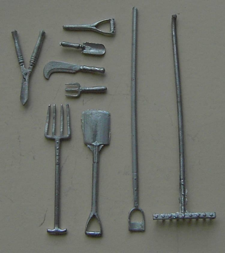1/24th scale Metal Garden Tools
