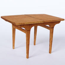 1/48th Scale 70s Retro Dining Table Kit