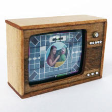 1/48th scale 70s Retro Miniature Television Kit