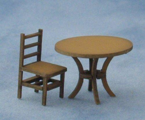 1/48th scale Round Table and chair
