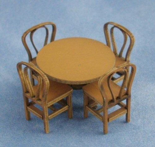 1/48th scale Round Table and four chairs