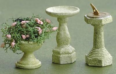 1/48th scale Bird Bath, sundial and planter