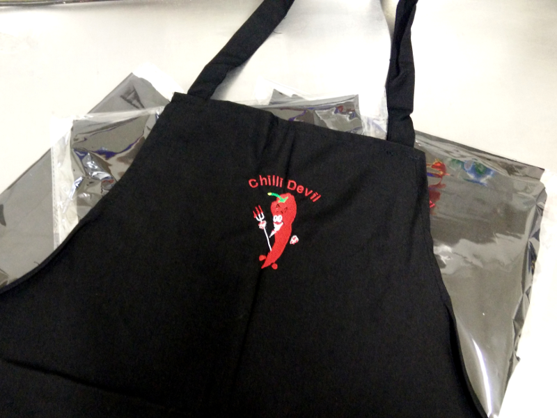 Chilli_Devil_gear_black_apron