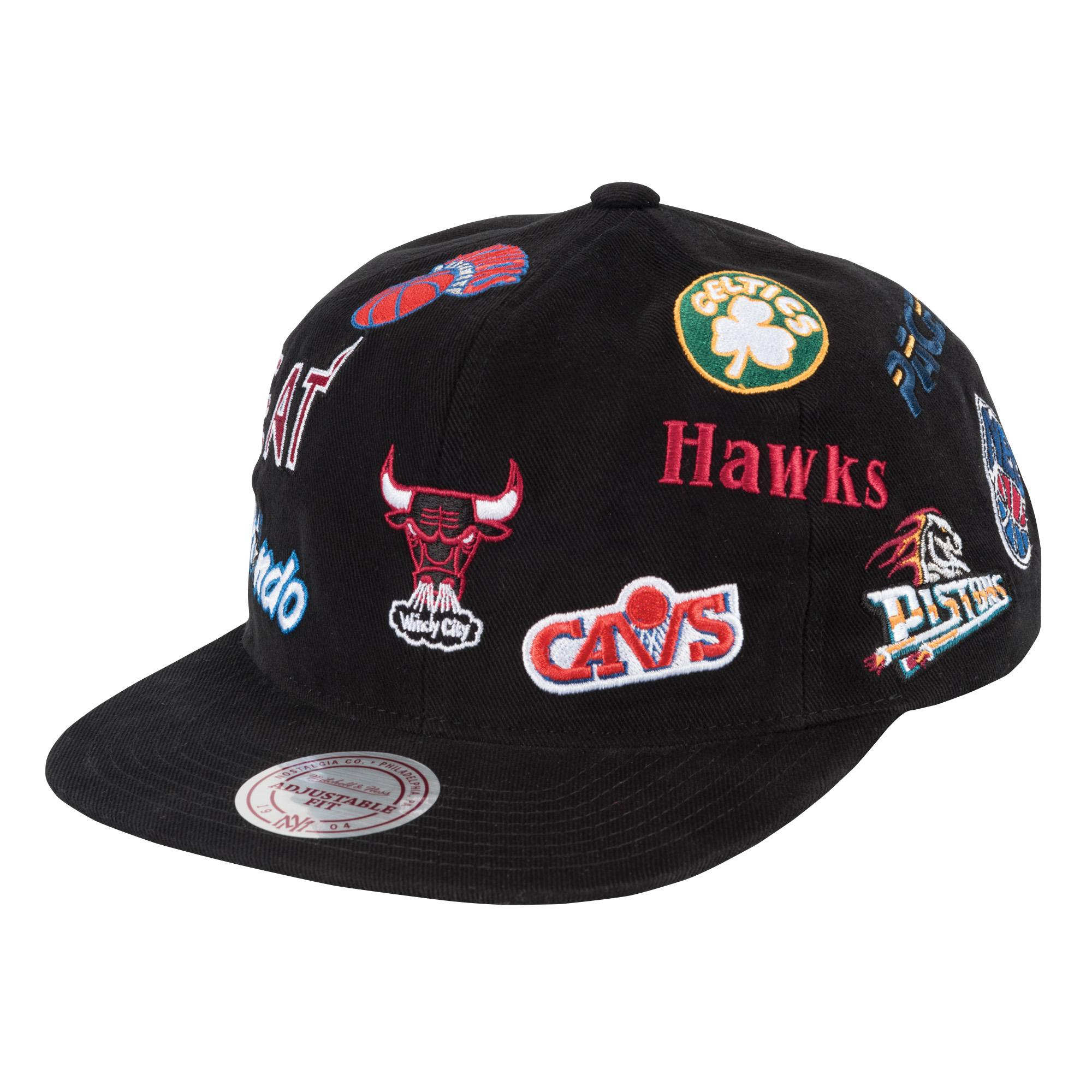 quality design 631bd 4d40d All Over Deadstock East Snapback NBA