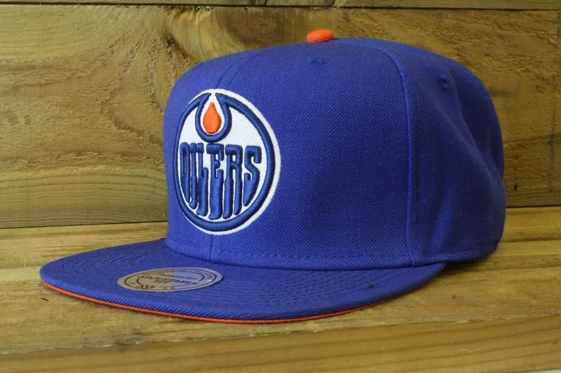 buy popular fc1fa bc502 Mitchell & Ness | Edmonton Oilers Blue Vintage Logo Snapback