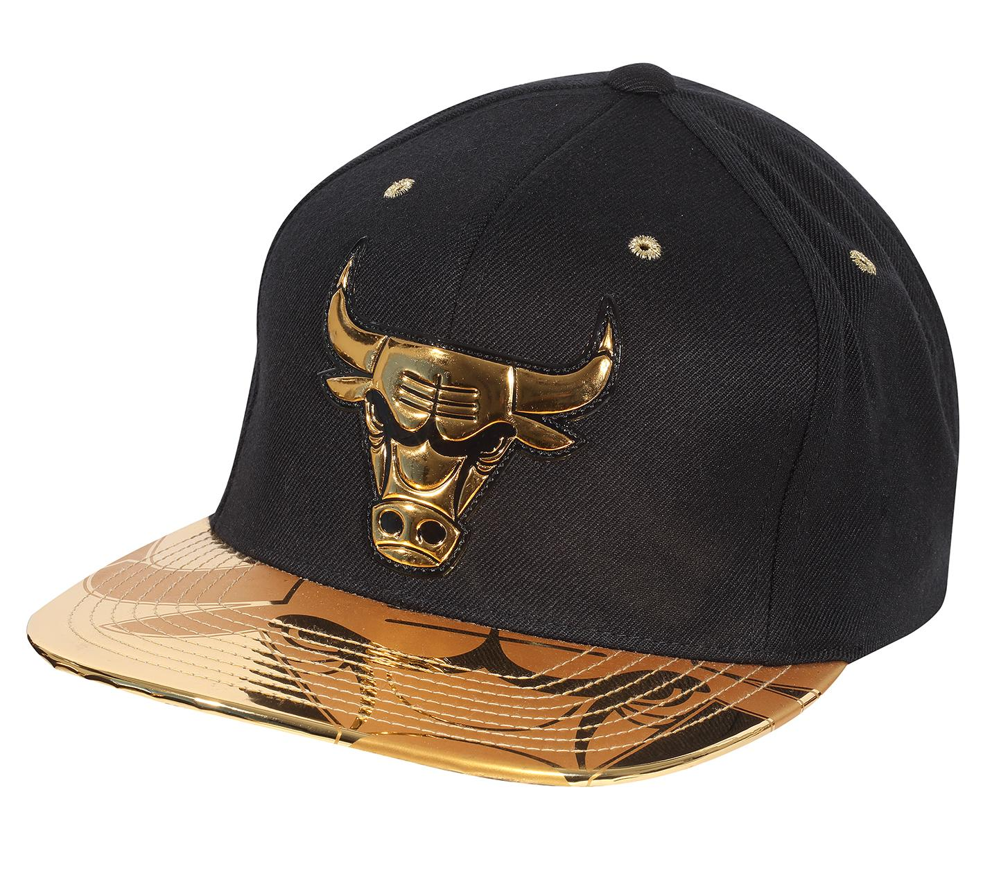8b1ee6c92da Gold Standard Snapback Chicago Bulls