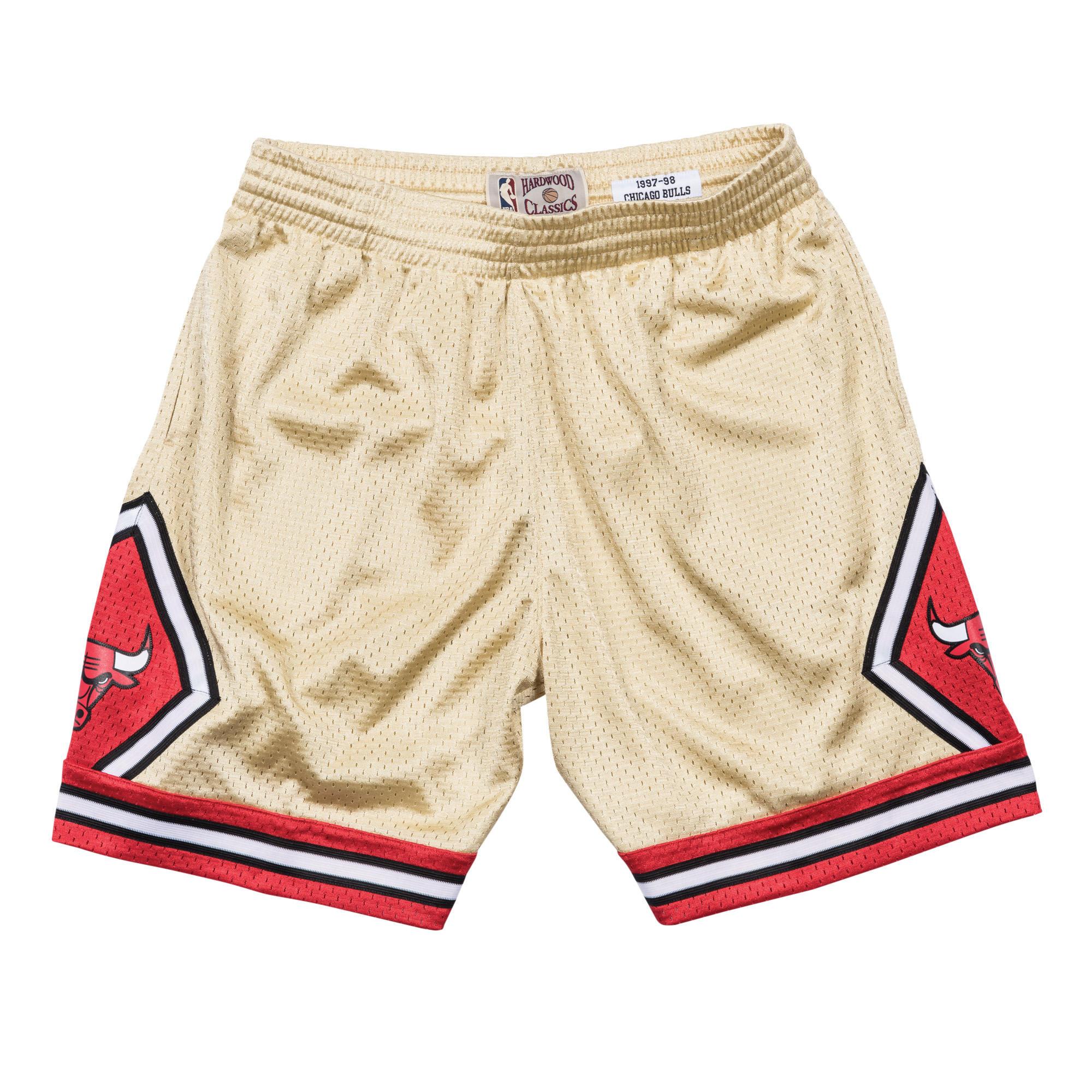 11163620a6d96f Gold Swingman Shorts Chicago Bulls