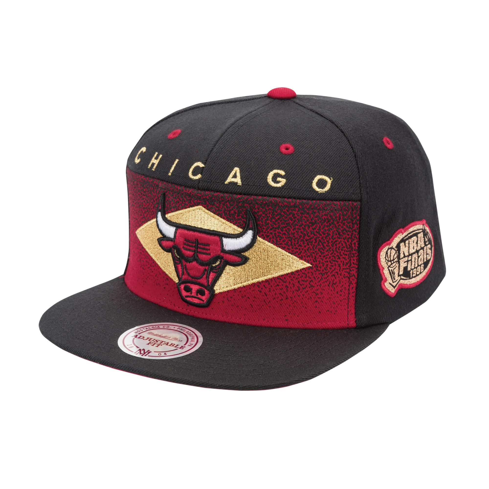 a8789f5bae7 Take Flight Gold Snapback Chicago Bulls
