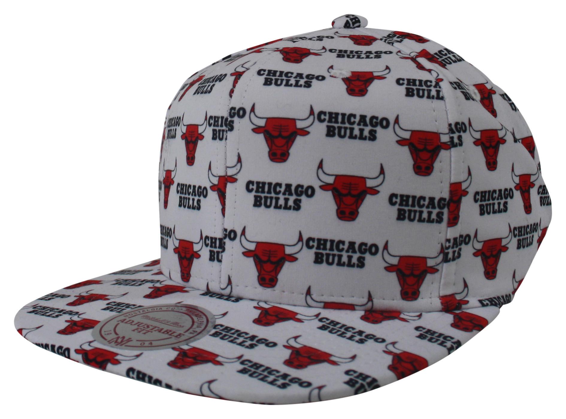e1173227471f6 Mono Logo Snapback Chicago Bulls