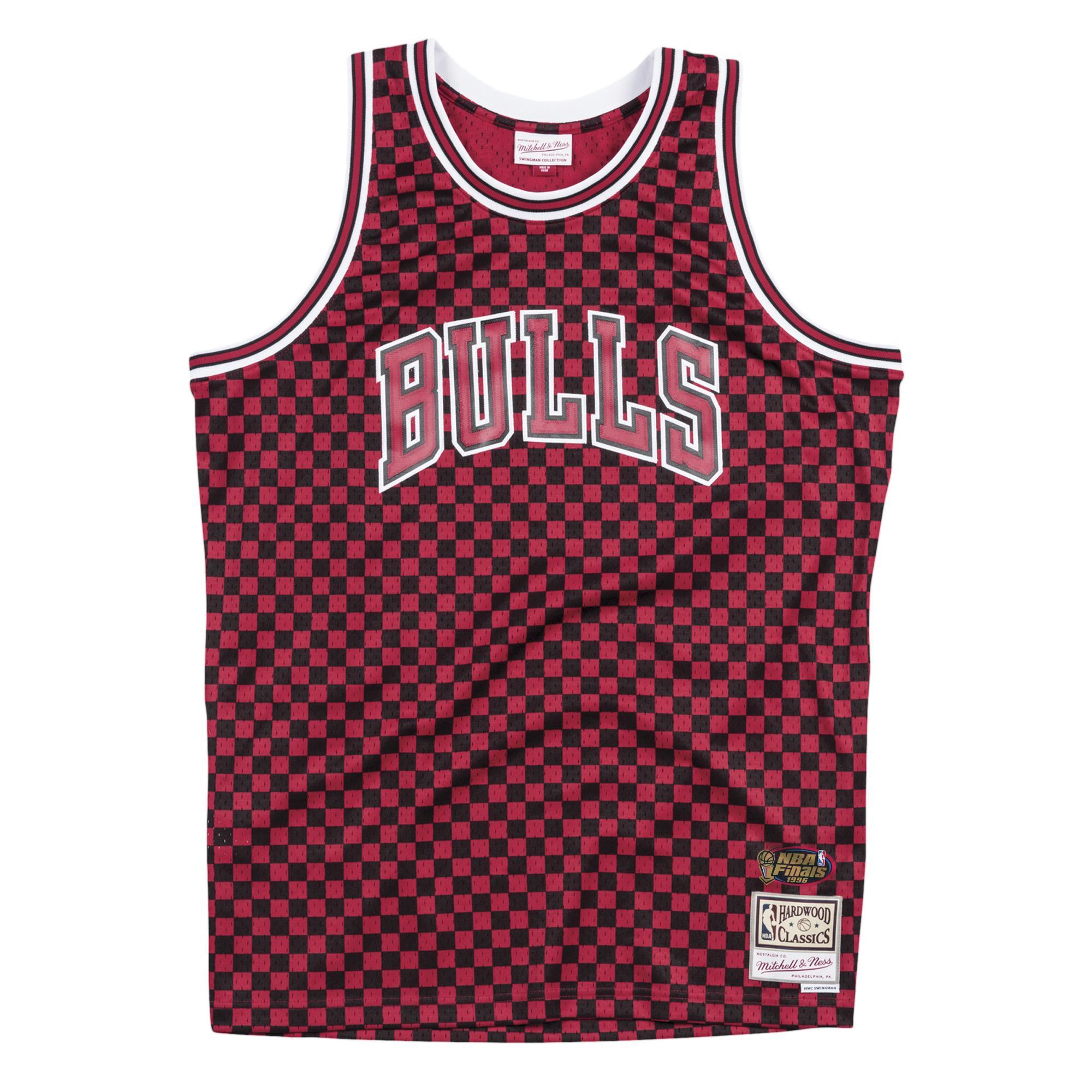 size 40 25f4c 7fb6e Mitchell & Ness | Chicago Bulls Black & Red Checkered ...