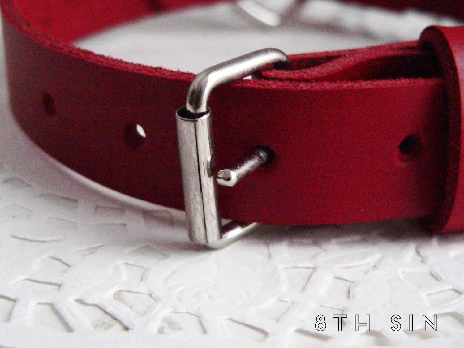 Red Leather Heart Ring Choker
