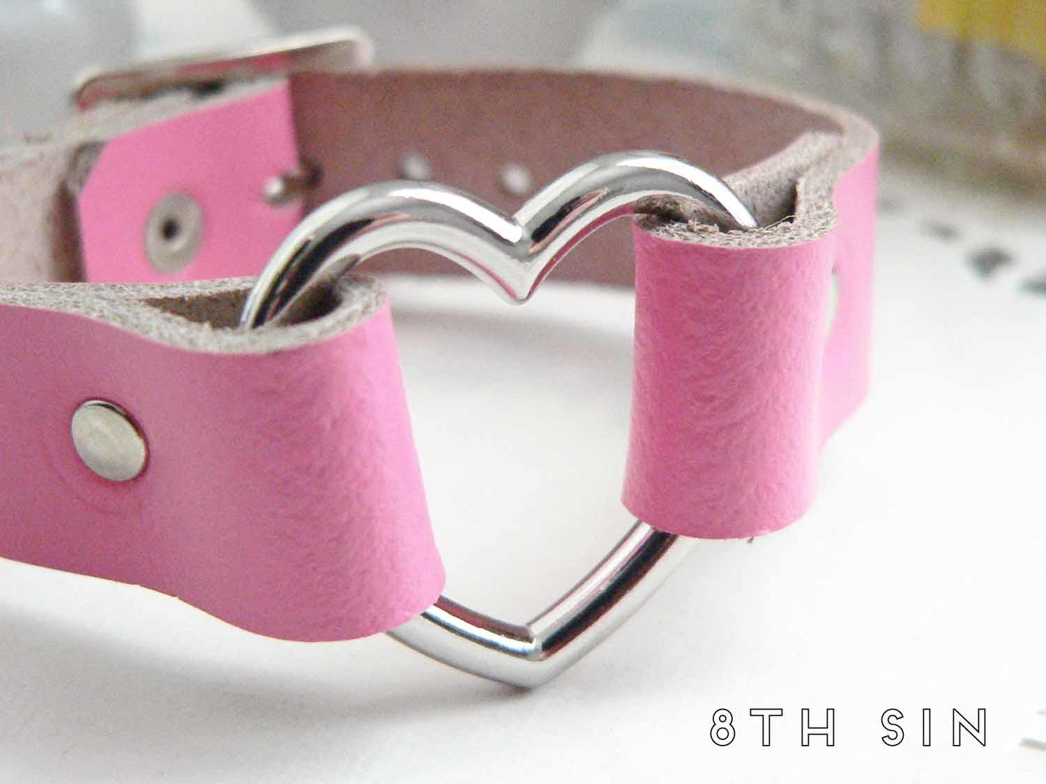 pink heart ring wristband