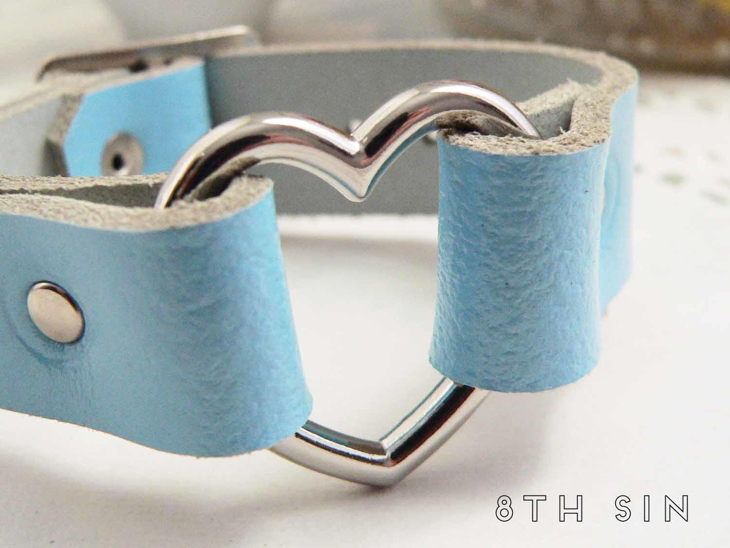 blue heart ring wristband