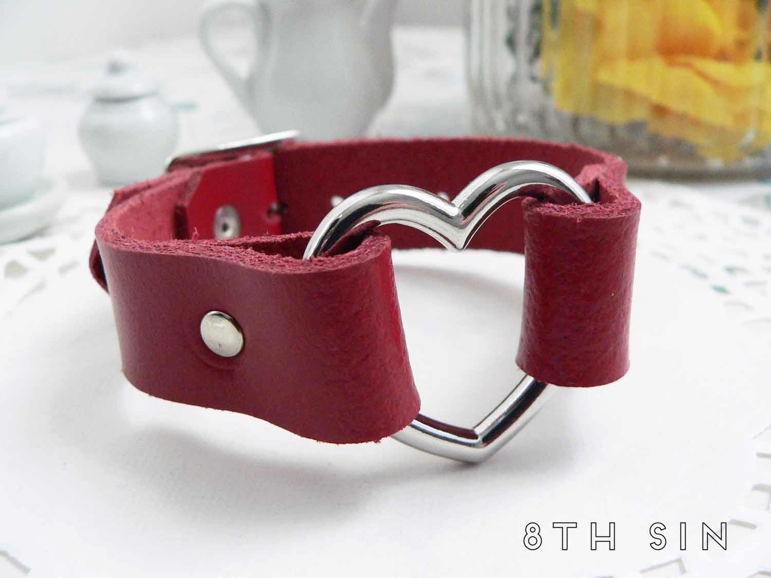 red heart ring wristband
