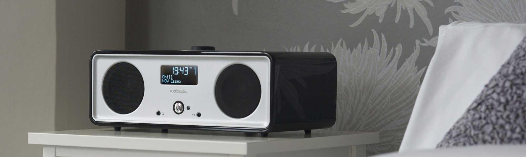 Ruark Audio R2i DAB, iPhone / iPod Music System in Black