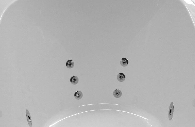 Lumbar Jets on a Whirlpool Bath