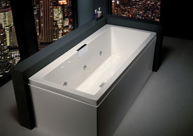 Carron Celsius 1700 x 700 Whirlpool Bath RH 19.200R