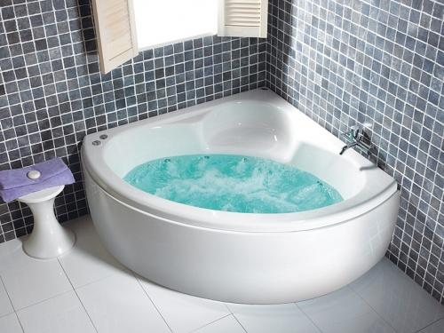 Carron Monarch 1300 x 1300 Whirlpool Corner Bath
