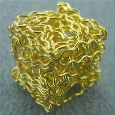 Single Wire Beads - Cube 15mm - Gold