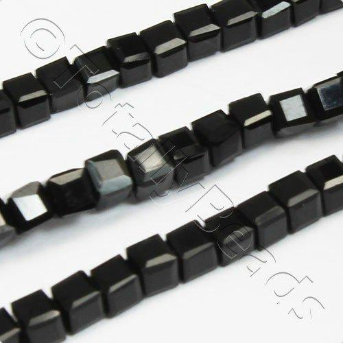 Crystal Faceted Cube 2mm Jet Black