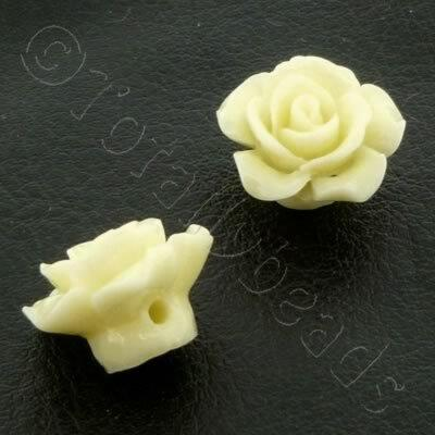 Acrylic Rose 15mm 1 Row - Cream 4 pcs