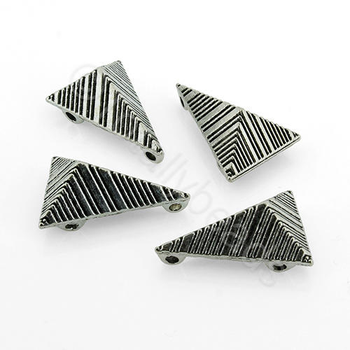 Antique Silver Metal Bead - Tetrahedron 18mm 16pcs