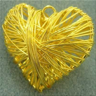 Wire Pendant - Heart 40mm - Gold