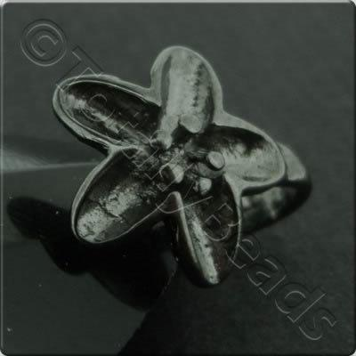 Black Flower Bail - 12mm