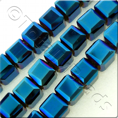 Crystal Faceted Cube 6mm  Blue Iris
