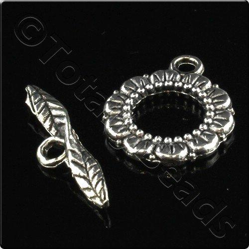 Tibetan Silver Toggle Leaf Ring 17mm - 4 Sets