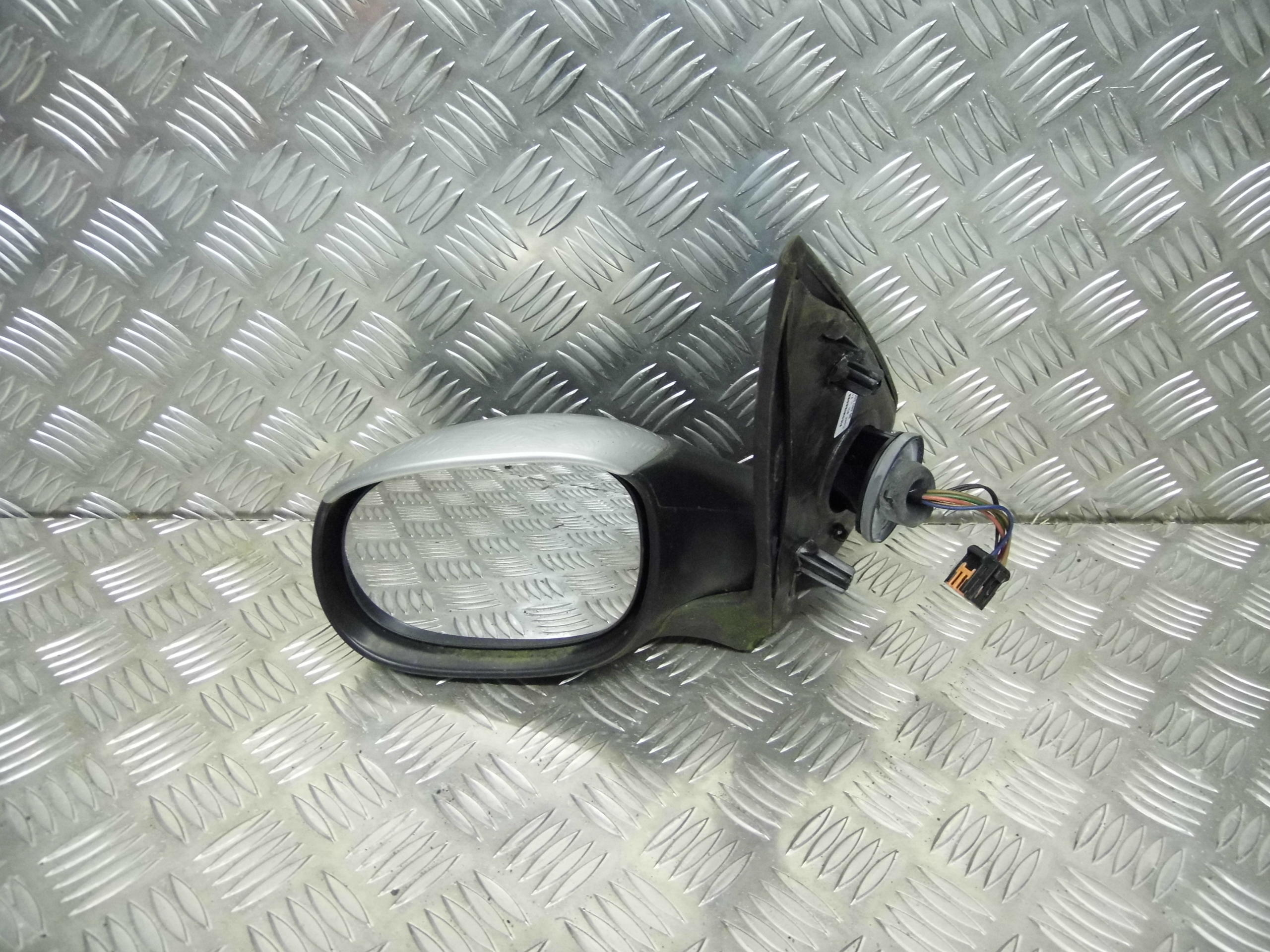 Used 2004 Peugeot 206 Hatchback Under Bonnet Fuse Box Passengers Side Silver Electric Wing Mirror Front View