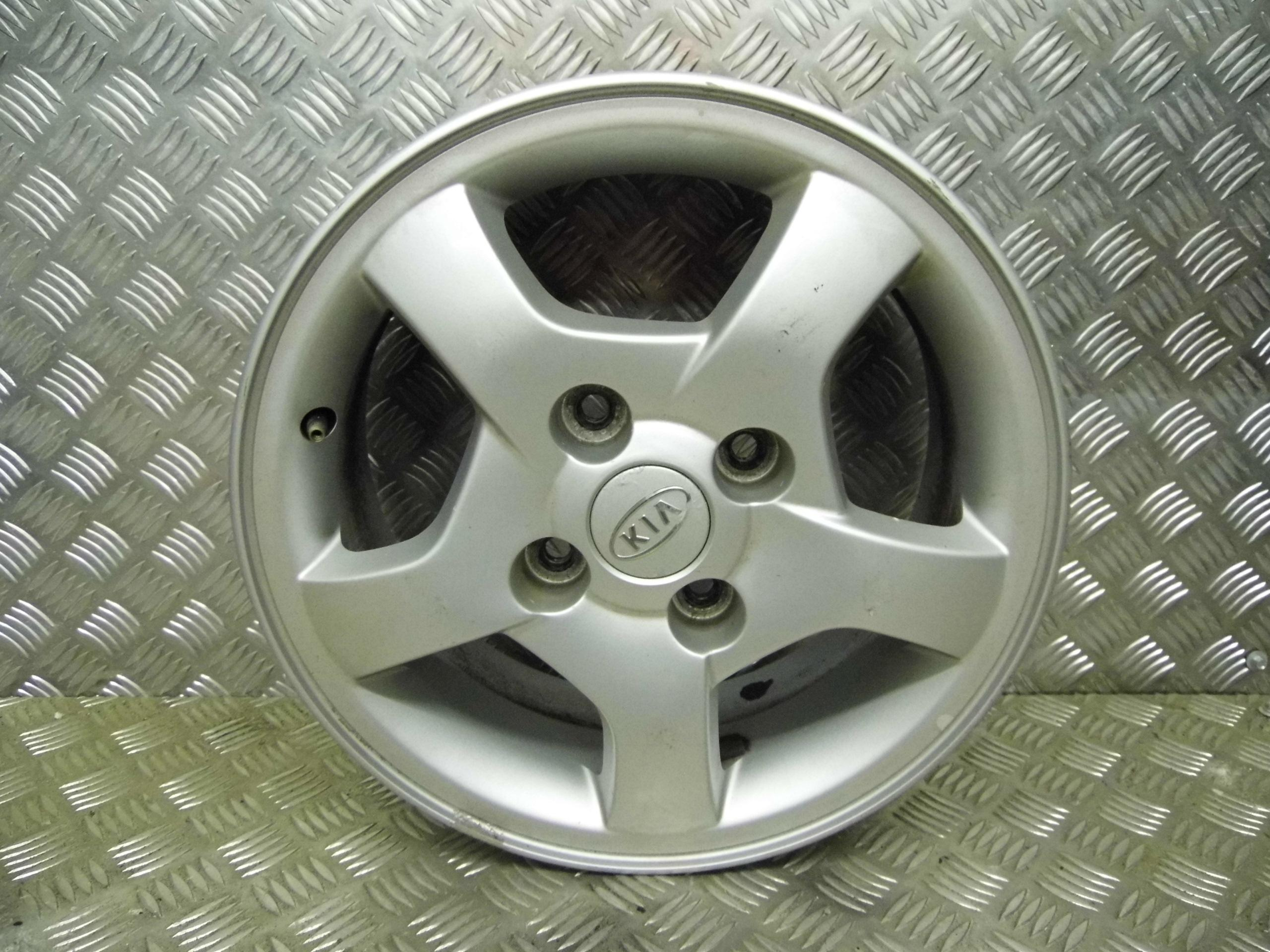 Used 2006 56 Kia Cerato 6j X 15 Inch 4 Stud Alloy Wheel 1 Fuse Box Location